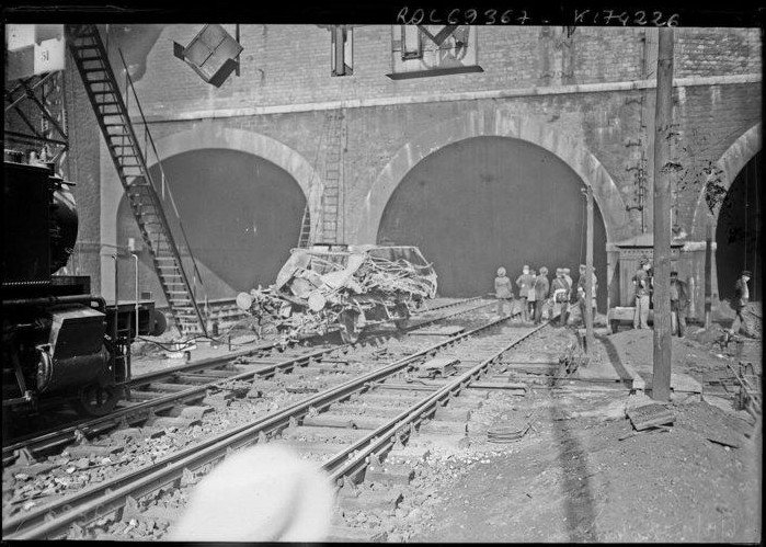 loco sorties tunnel