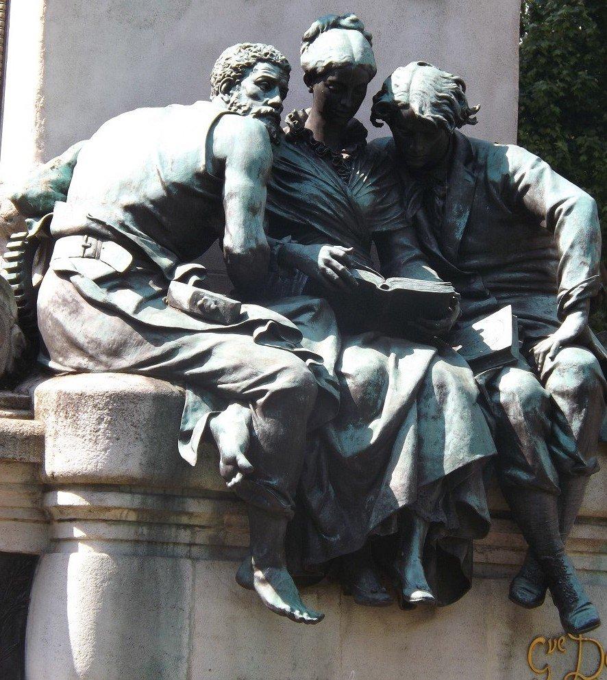 monument dumas 2