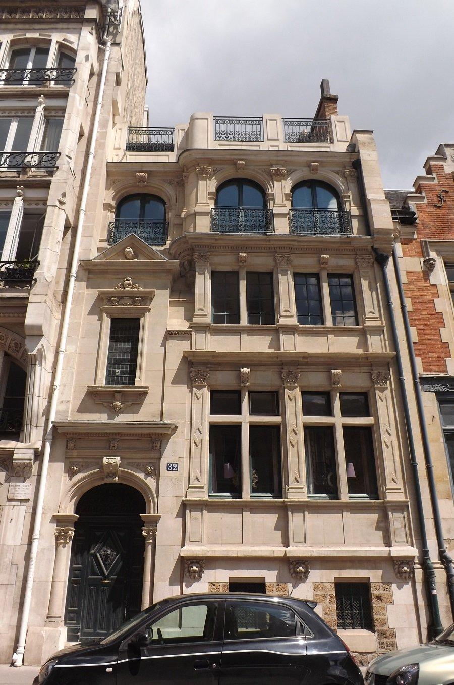 hotel rue de tocqueville vue générale